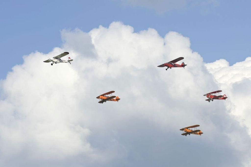Vol en formation au dessus d'Anvers